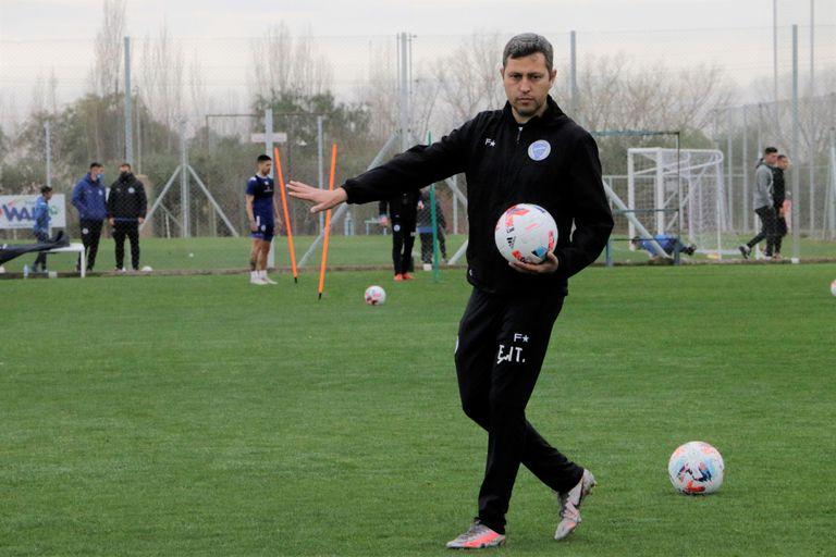 El técnico que se crió con Bielsa y sigue los pasos de Mourinho con acento cordobés