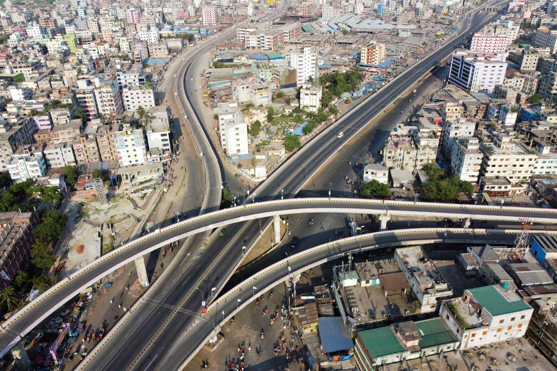 Autopistas en Dhaka, Bangladesh