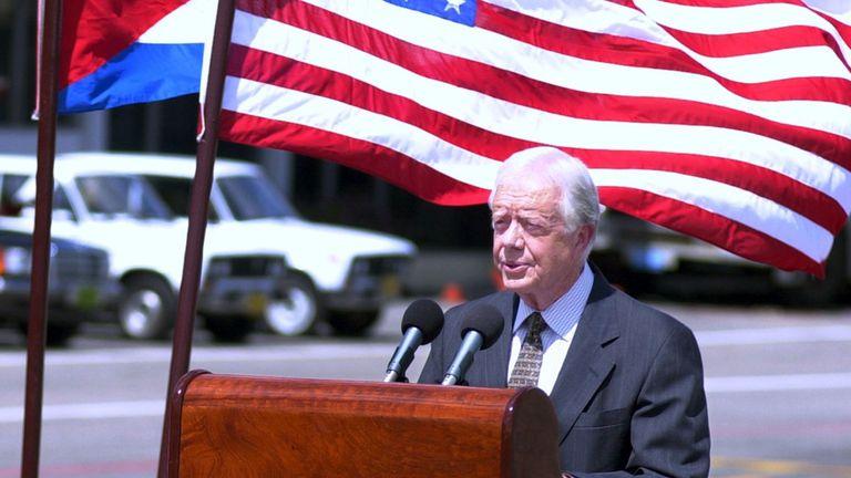 Jimmy Carter durante una visita a Cuba en mayo 2002