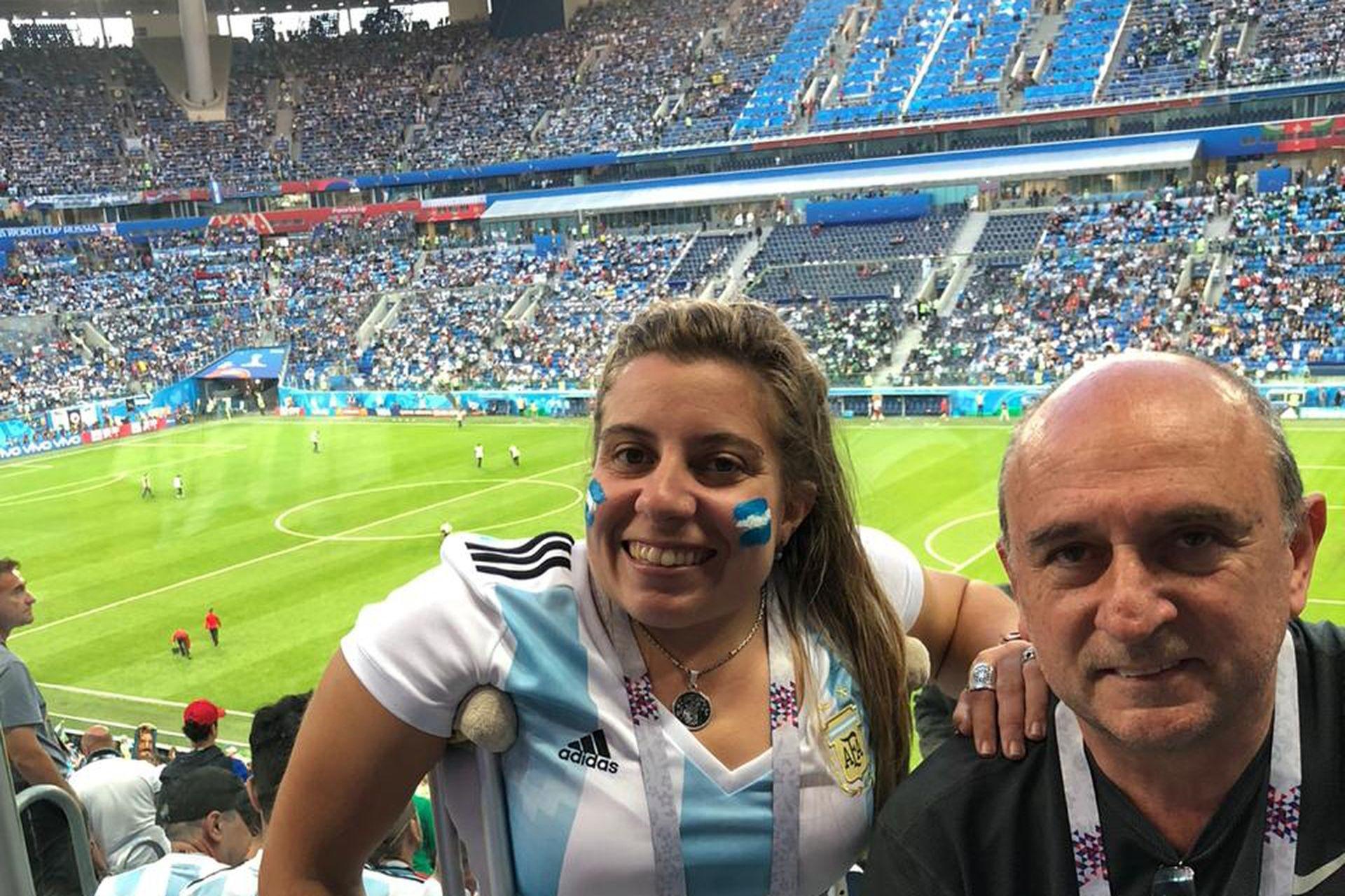 Cumplió de ir a Rusia para el Mundial 2018 junto a su papá