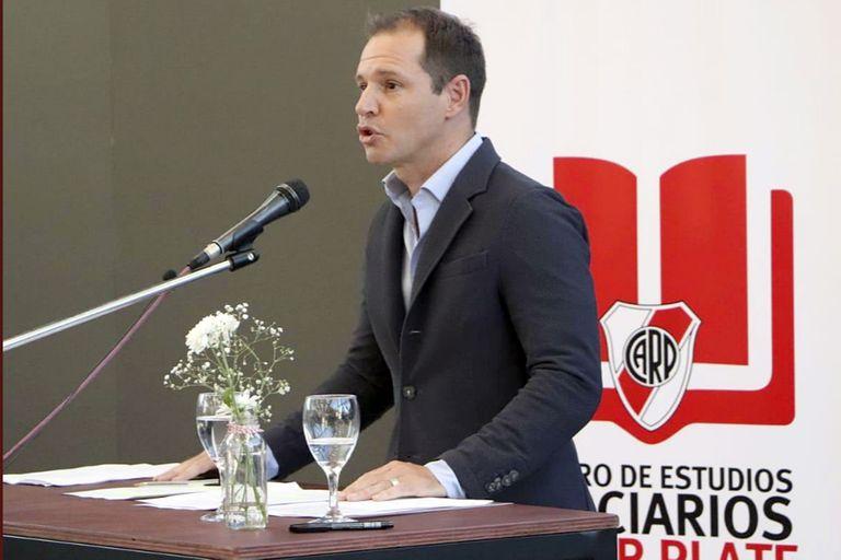 Jorge Brito llevó la voz discordante de River