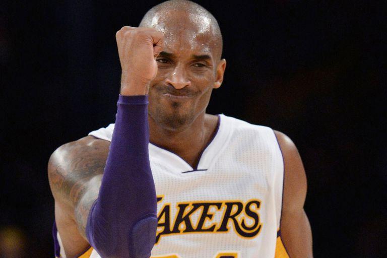 Kobe Bryant volvió a ser el líder de los Lakers