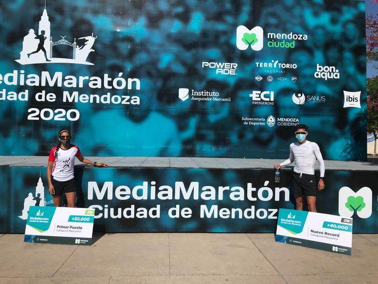 Ganadores de la Media Maratón de Mendoza, Daiana Ortiz y Antonio Poblete