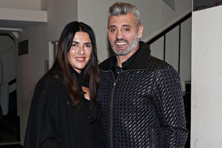 Goycochea, a la salida del teatro con su mujer, Ana Laura