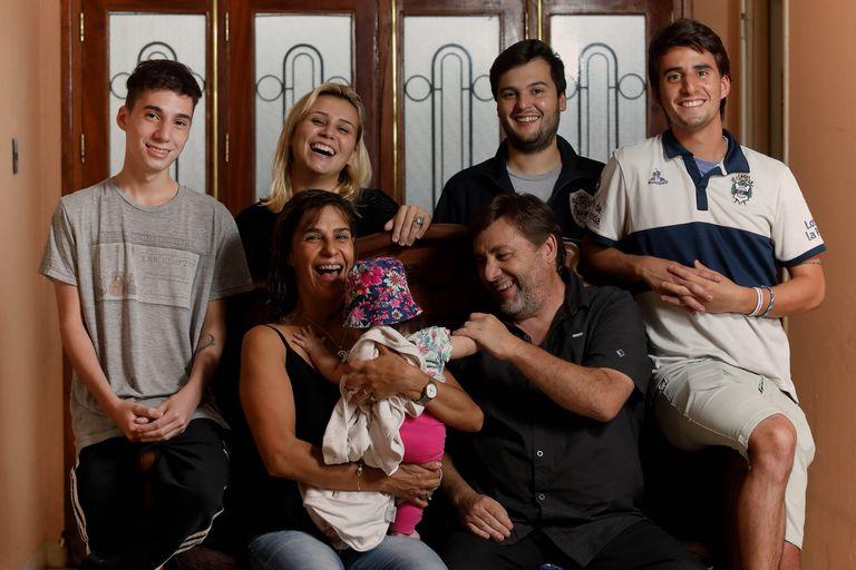Familias de tránsito: un puente de amor y cuidado hacia la adopción