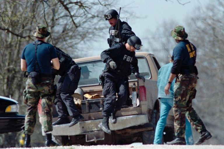 Agentes de la ATF y el FBI participaron del asedio de Waco