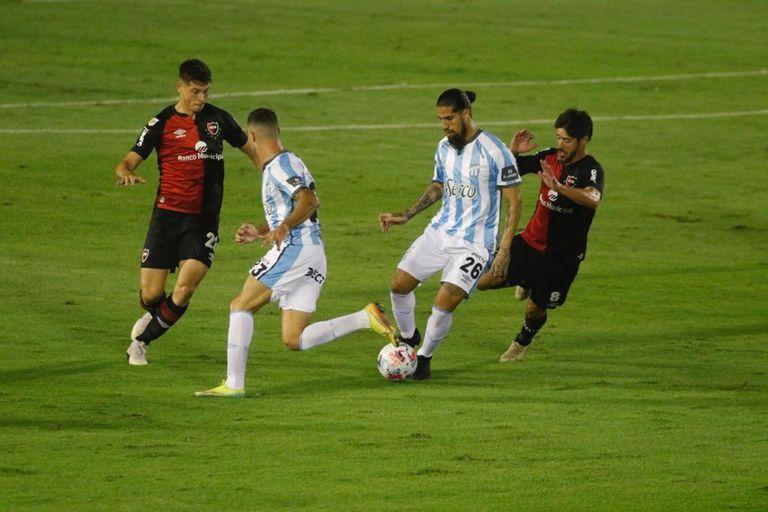 Atlético Tucumán-Newell's: un empate vibrante, pero con los dos aún sumergidos