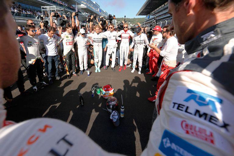 "El emotivo mensaje de ""fuerza"" de los pilotos de Fórmula 1 para Jules Bianchi an"