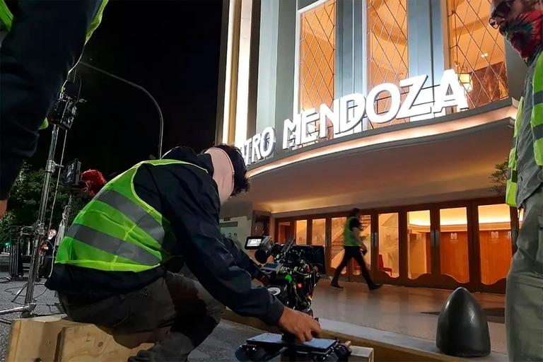 Mendoza, polo audiovisual: crearán un gran set de filmación internacional frente al Cerro de la Gloria
