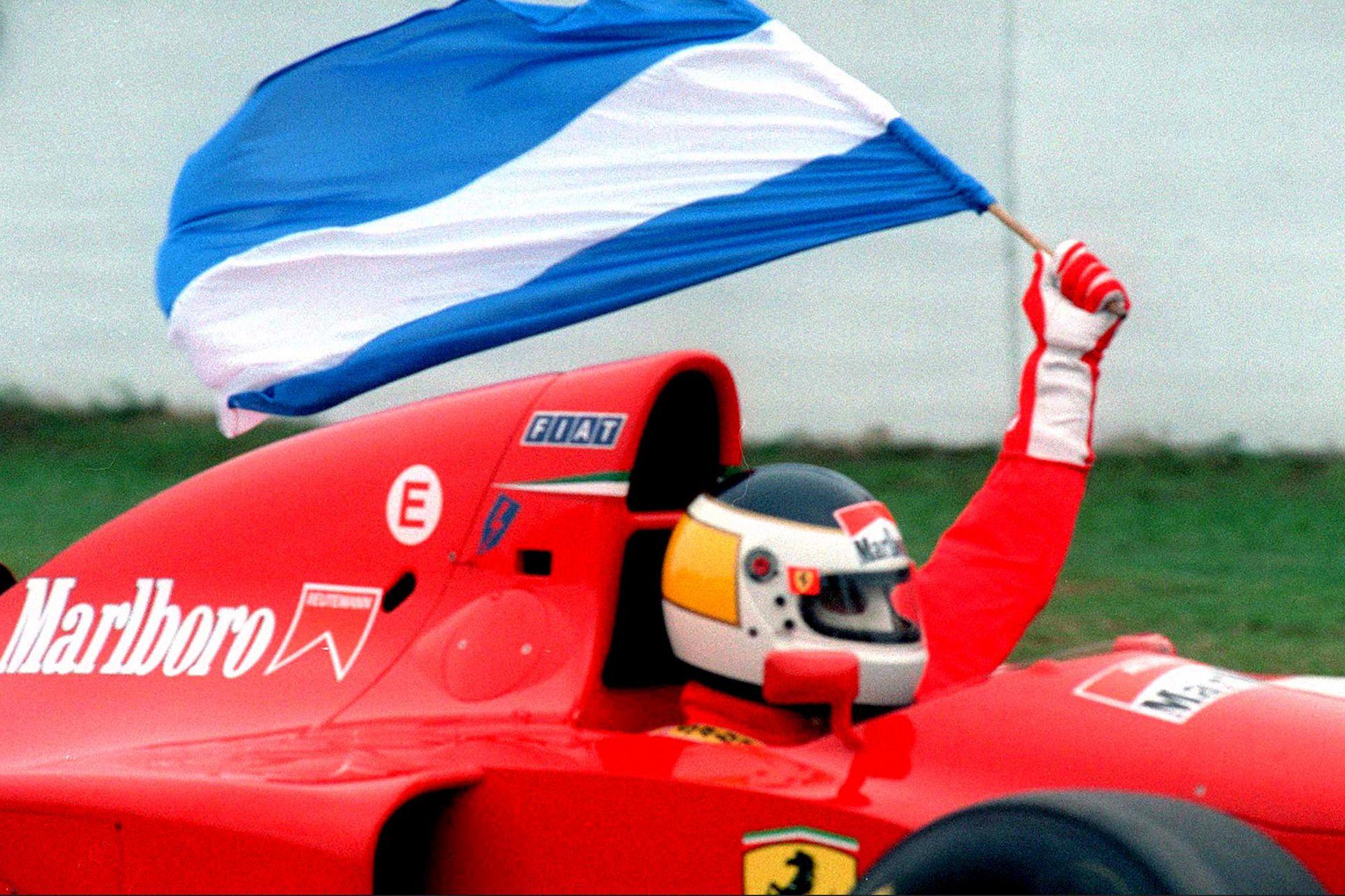 El 9 de abril de 1995, durante la segunda fecha del calendario de la Fórmula 1 y trece años después del retiro, Reutemann gira con la Ferrari 412 T1 en el autódromo de Buenos Aires