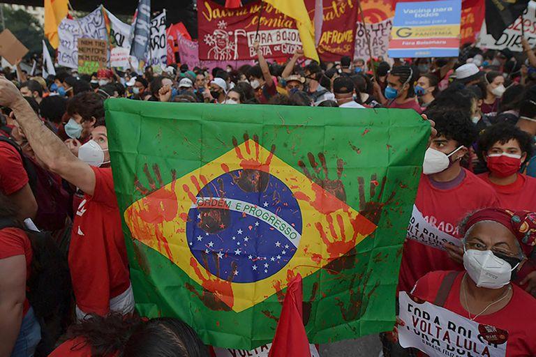 Un 47% de los jóvenes brasileños dijo que dejaría el país, si pudiera