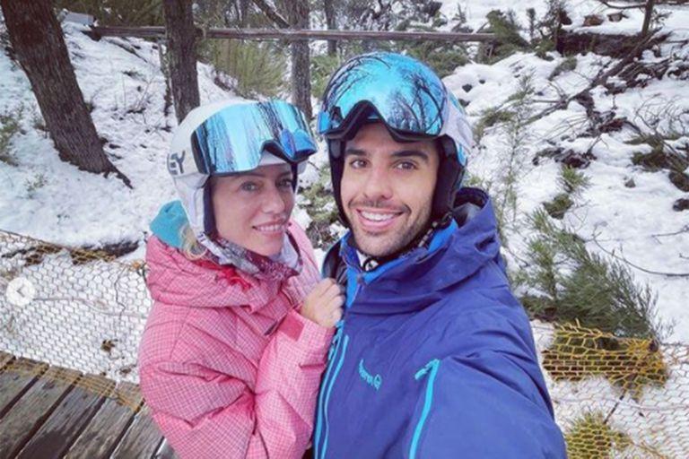 Mimos, nieve y jacuzzi: Nicole Neumann y Manuel Urcera disfrutaron de una escapada romántica en San Martín de los Andes