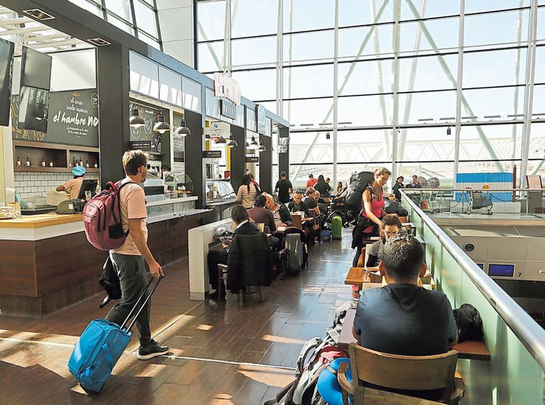 Viajes. Los planes de las aerolíneas para mantener ventas tras la devaluación