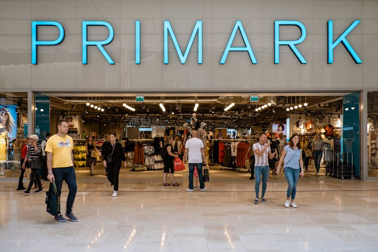 La historia que se esconde detrás del éxito del negocio de la ropa Primark