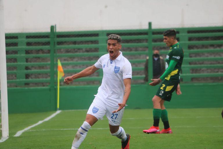 Sebastián Lomócano, el autor del primer gol para que Godoy Cruz de vuelta el partido