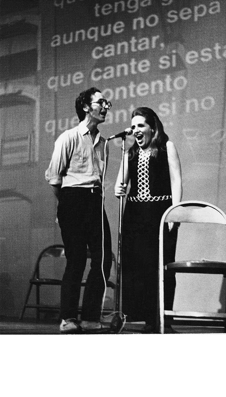 De la Vega con Marikena Monti en el Instituto Di Tella, en 1969
