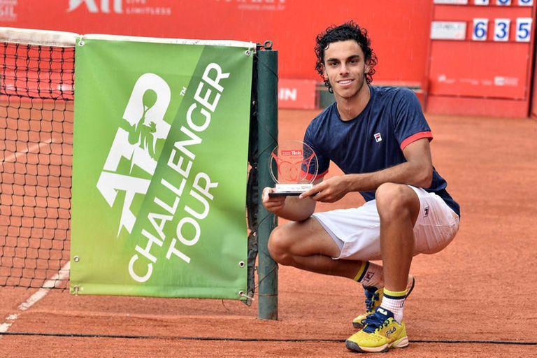 El argentino Francisco Cerúndolo conquistó, en Campinas, su tercer título Challenger y, con un ascenso de más de cien puestos en el año, terminará 2020 en el Top 140 por primera vez.