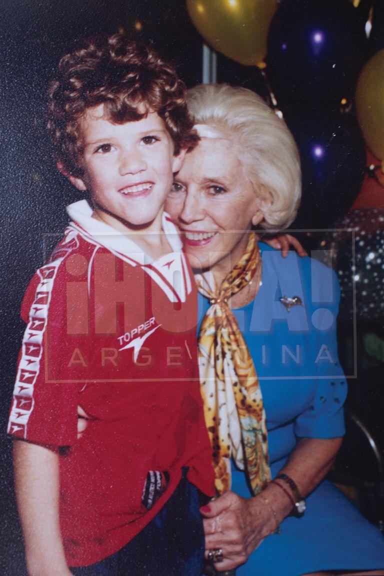 Amalita y Marcos Ferrari, el mayor de los hijos de Bárbara, cuando cumplía 6 años.