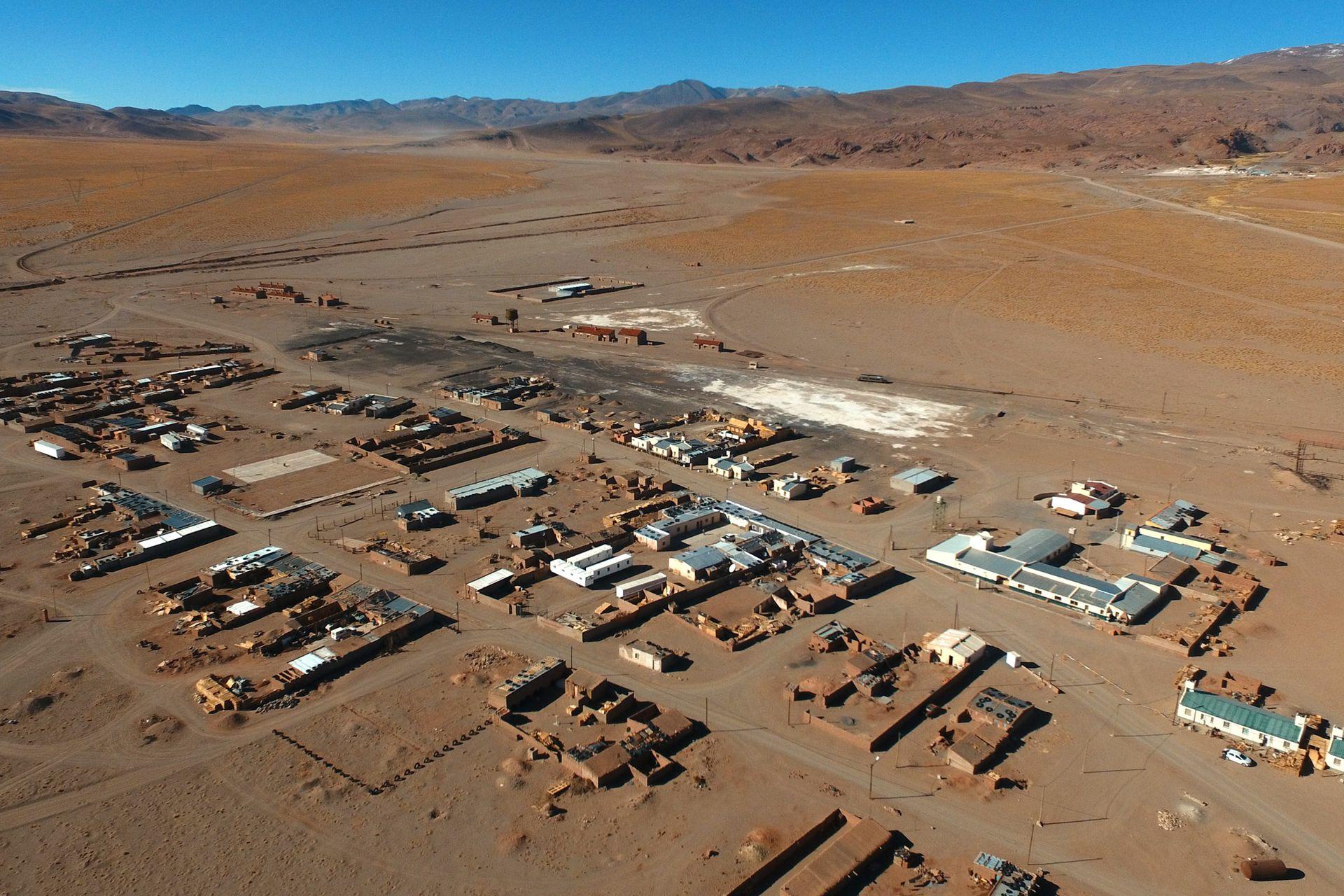 Vista desde el drone del pueblo de Olacapato