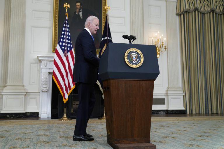 El presidente Joe Biden durante una conferencia en la Casa Blanca, en Washington, el miércoles 5 de mayo de 2021. (AP Foto/Evan Vucci)