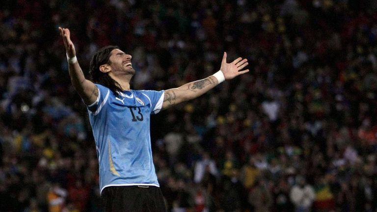 Hombre récord: Sebastián Abreu vuelve a Brasil para jugar en su club número 30