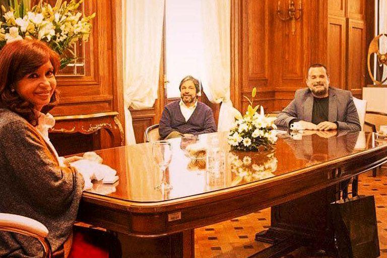 La vicepresidenta recibió a dirigentes de Barrios de Pie y de la agrupación que lidera Juan Grabois