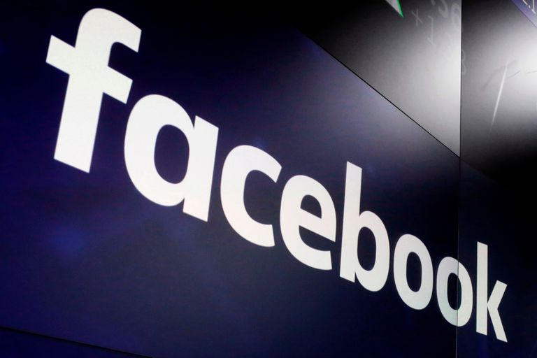 La escueta respuesta oficial a la caída de WhatsApp, Instagram y Facebook