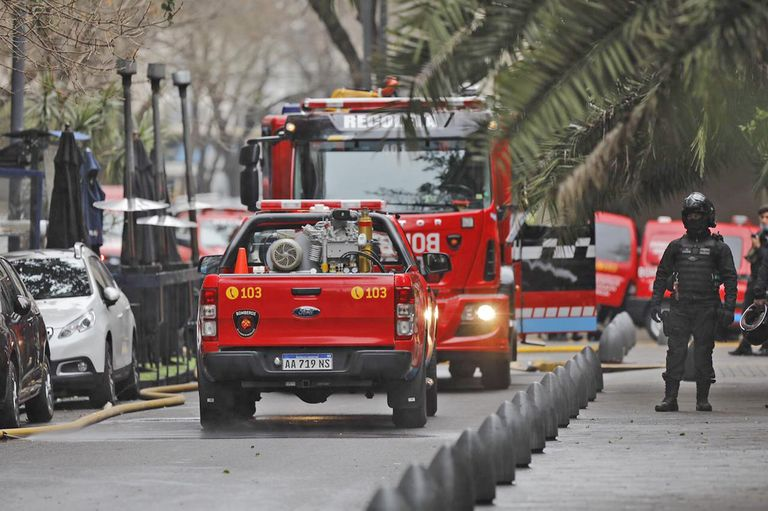 Acudieron cuatro dotaciones de Bomberos de la Ciudad al incendio en el edificio de Palermo