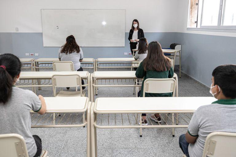 Un grupo de padres presentó amparos para reclamar la vuelta de las clases presenciales en Córdoba