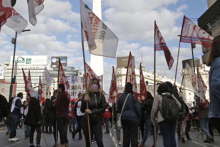 Marchas. Las organizaciones sociales desafían la prohibición del Gobierno