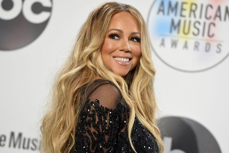 "Mariah bate récords con el hit navideño ""All I Want for Christmas Is You"""
