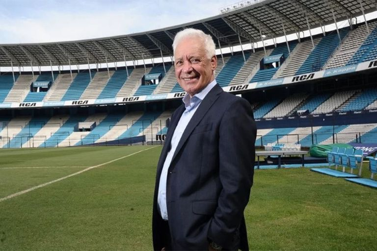 Víctor Blanco, a la cabeza de Racing.