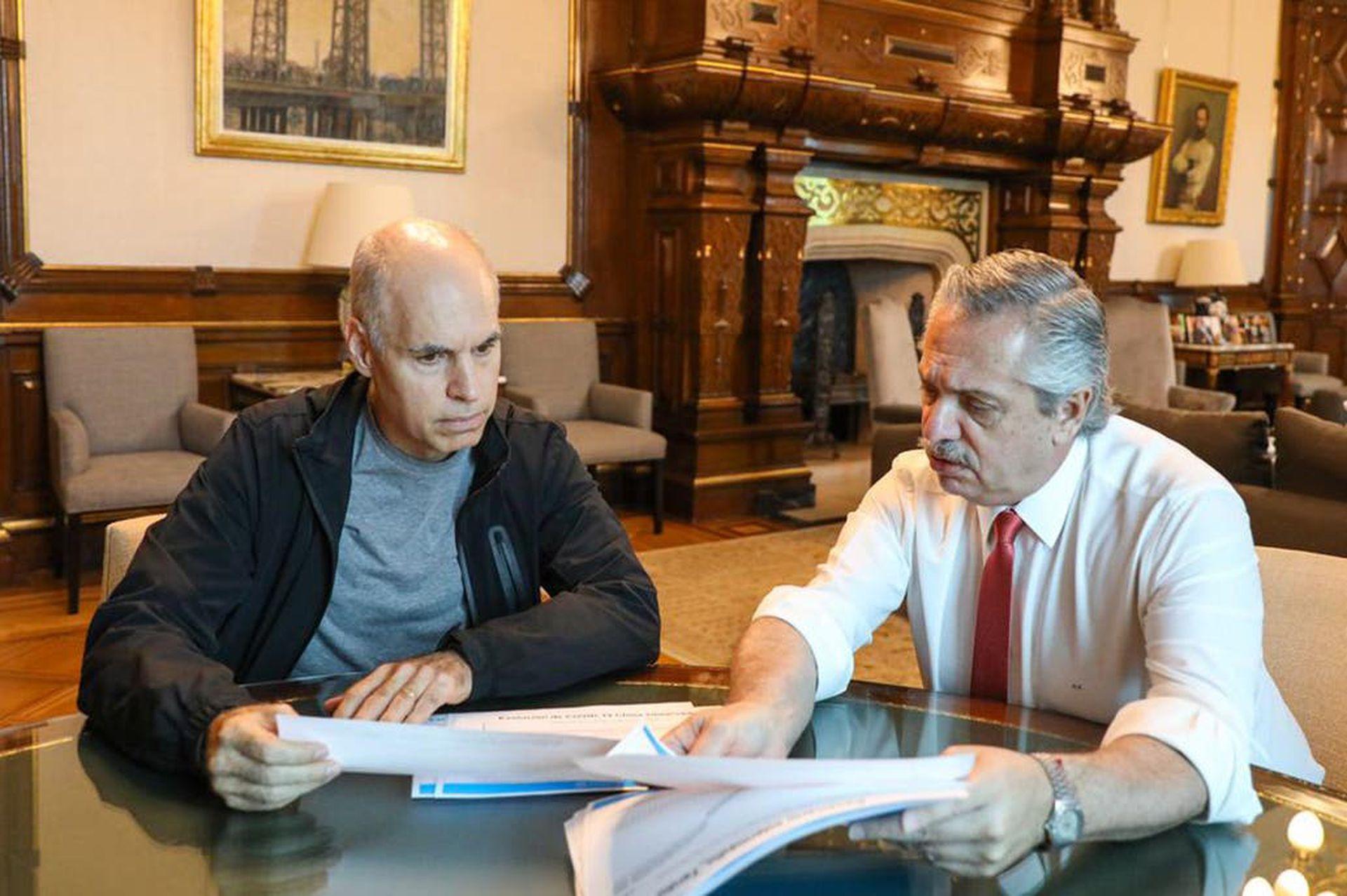 El Presidente y Larreta evalúan estrategias para afrontar la pandemia