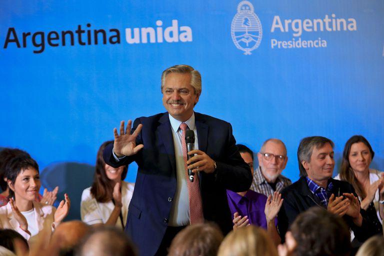 Alberto presentó el vademecum del PAMI