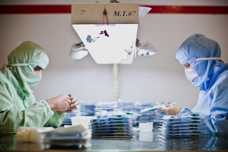 Los laboratorios se posicionan en el mundo exportador