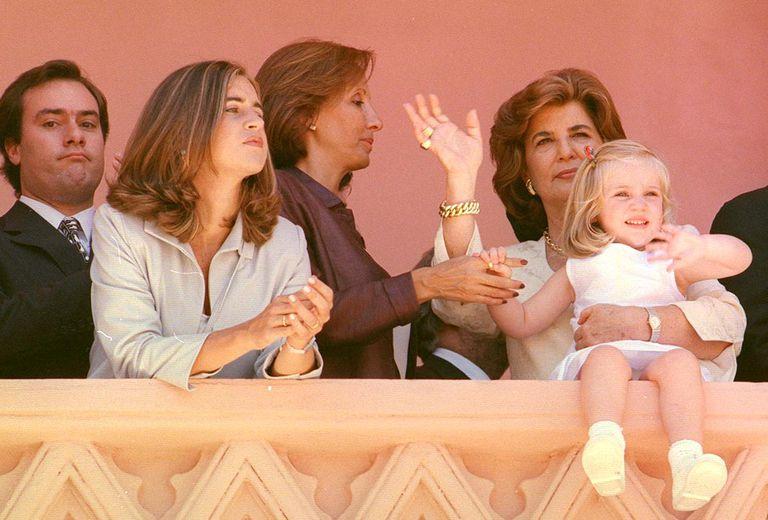 Parte de la familia de Fernando de la Rúa en en el balcón de la Casa Rosada. Su mujer, Inés Pertiné, su hija, su cuñado y su nieta