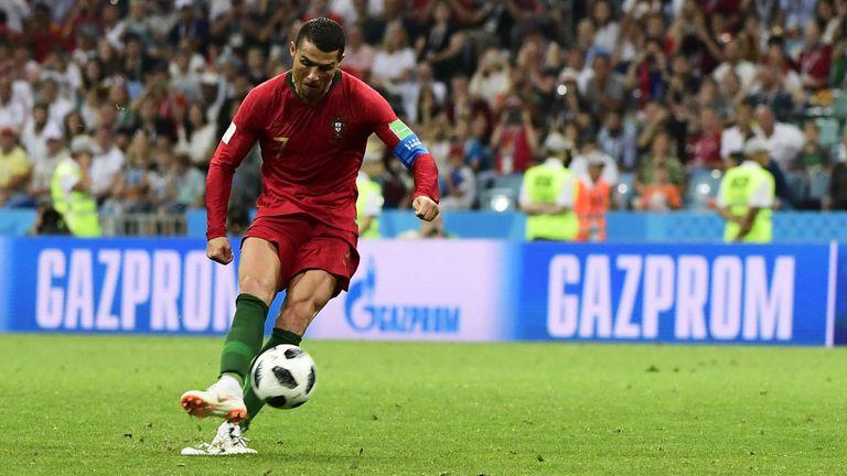 El tiro libre con el que Ronaldo le dio el empate a Portugal frente España