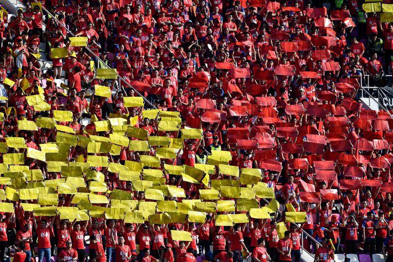 fans del Guangzhou Evergrande durante el partido disputado entre Guangzhou Evergrande y Shanghai Shenhua de la CSL, el 1 de diciembre del 2019