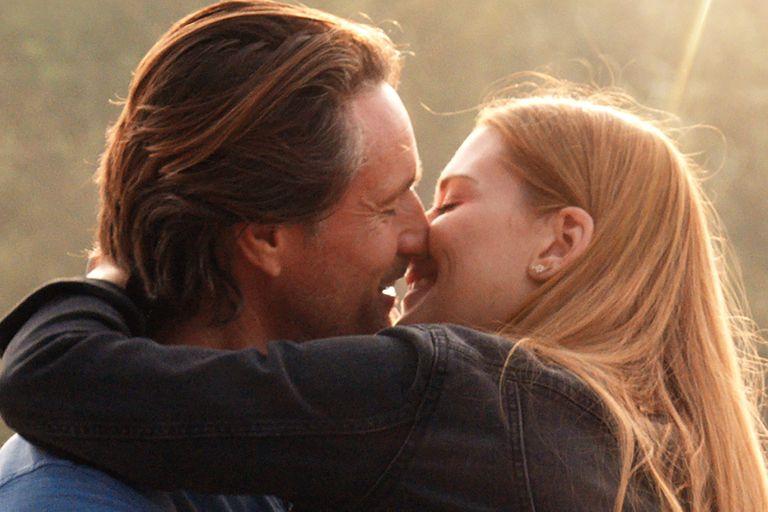 Martin Henderson y Alexandra Breckenridge, la pareja protagónica de este drama romántico