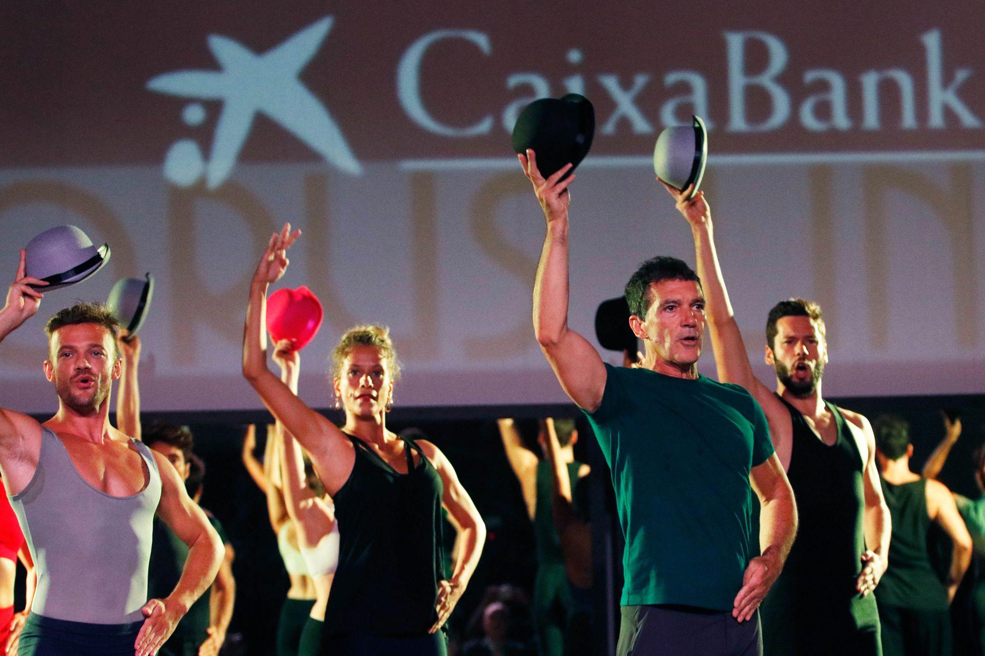 Al tablao: Antonio Banderas fue fotografiado durante los ensayos de A Chorus Line, el musical que lo tiene como director y debutará próximamente en Málaga