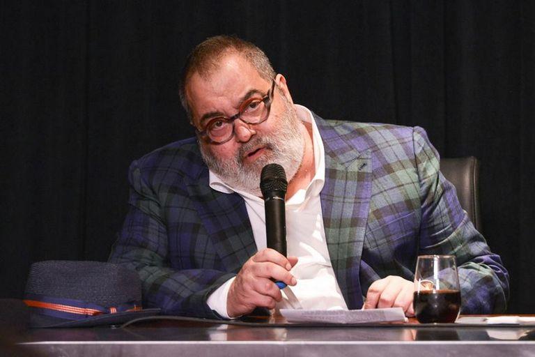 Jorge Lanata anunció la serie basada en la ruta del dinero K en diciembre pasado, pero no está confirmado si se estrenará en la plataforma de streaming