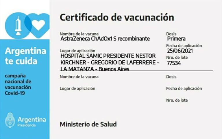 Certificado correcto de la vacunación de Carlos