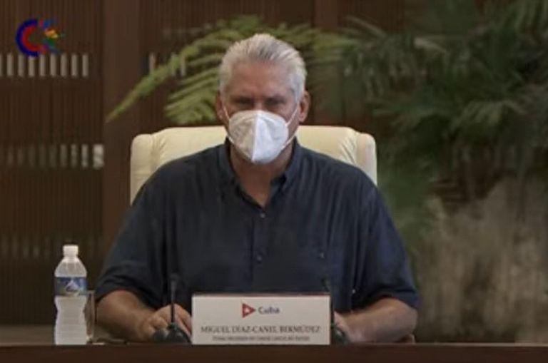 Miguel Díaz-Canel en una de sus recientes apariciones televisivas, en la que llamó a los comunistas a salir a las calles para frenar las manifestaciones