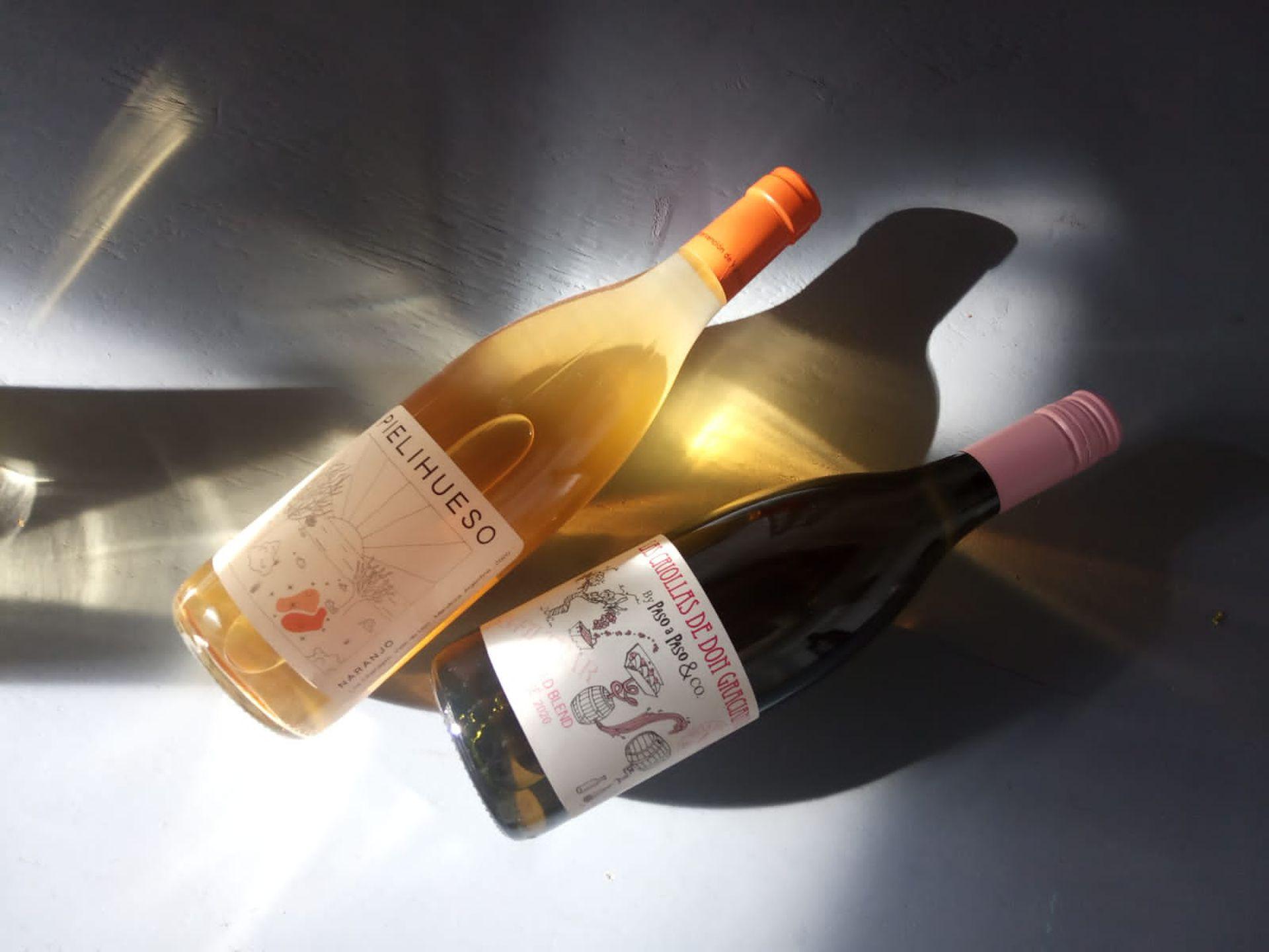 La propuesta de vinos contempla aquellos de baja intervención y naturales, definidos por el territorio y sus creadores.