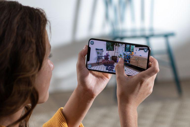 El sistema de realidad aumentada de Apple pronto contará con su propio visor, equipado con 15 cámaras y con un precio estimado de 1000 dólares