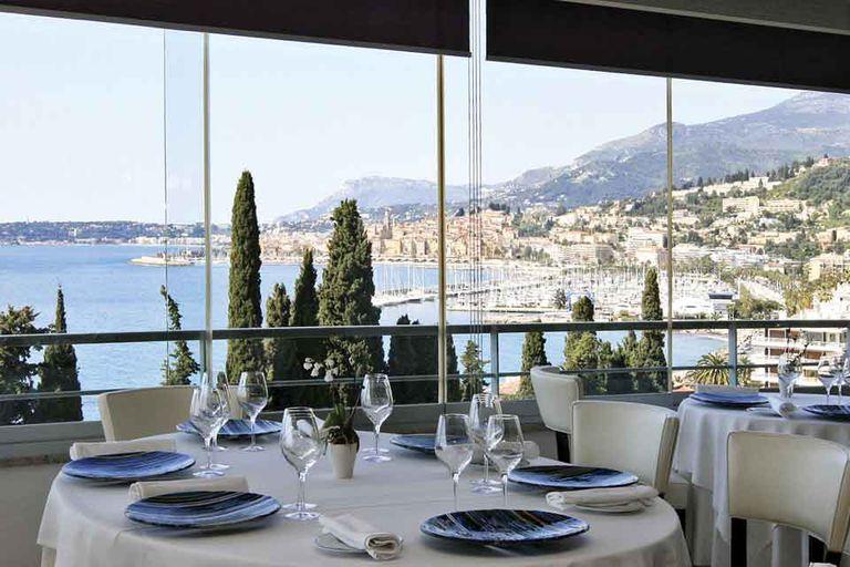 Mediterraneo. En 2006 Colagreco inauguró su Mirazur, altacocina en un escenario impactante