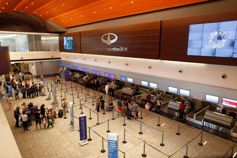 """El gobierno nacional autorizó como """"corredor seguro"""" el remodelado aeropuerto internacional El Plumerillo, en Mendoza."""