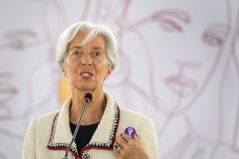 Lagarde se adhirió a la huelga suiza a nivel por paridad salarial durante su discurso en la Conferencia Internacional del Trabajo de la OIT.