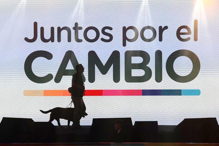 El bunker del oficialismo, en Costanera, a la espera de los resultados