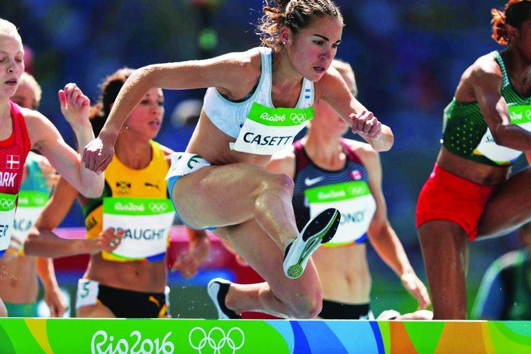La marplatense Belén Casetta en la serie de 3000 metros con obstáculos de Río 2016